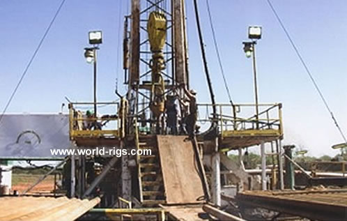 Spencer Harris 7000 Drilling Rig - 700 hp - for Sale, Land