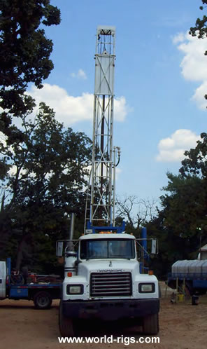 Gardner Denver 15W Drill Rig for Sale
